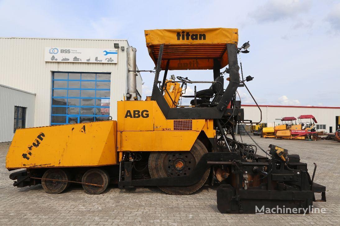 ABG Titan 455 asfaltni finišer točkaš