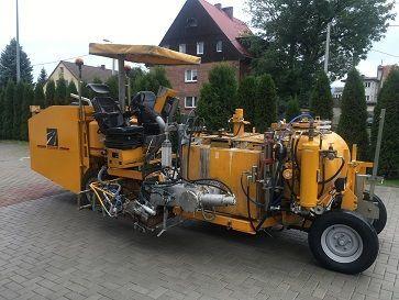 HOFMANN H26 mašina za obeležavanje puteva