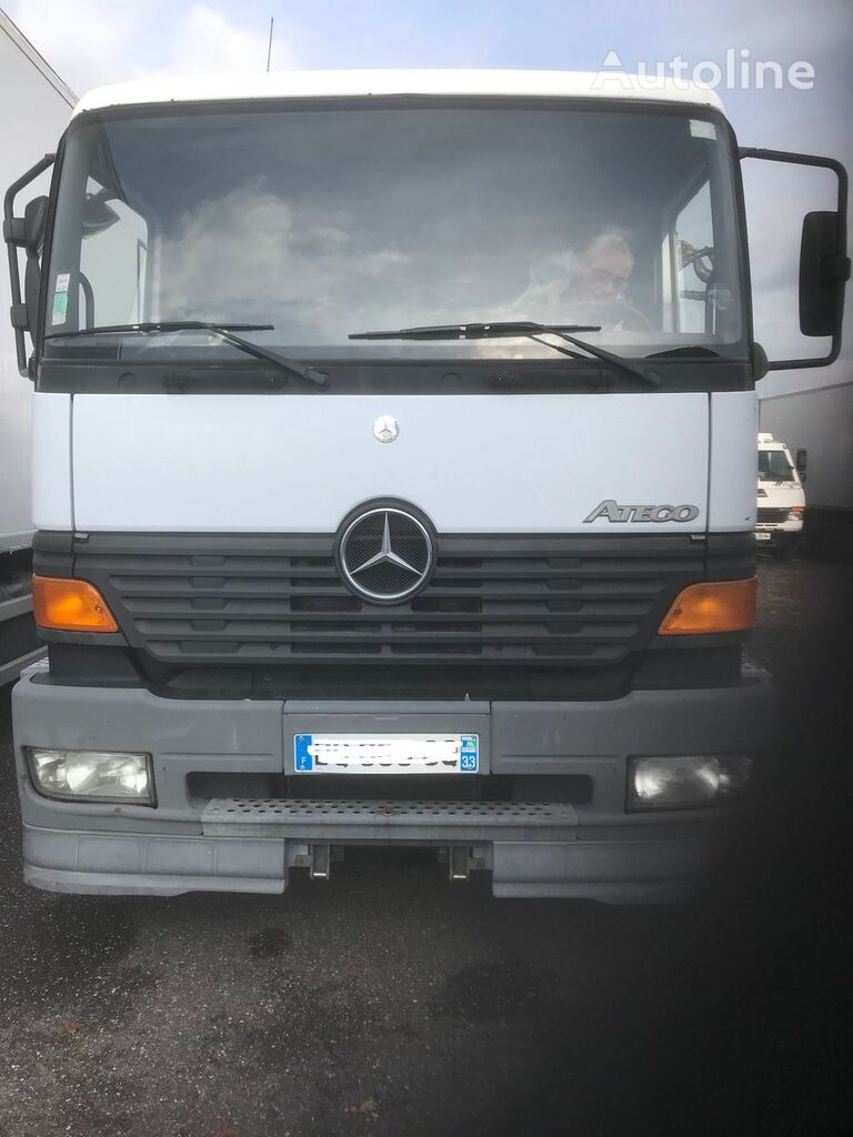 MERCEDES-BENZ kamion platforma