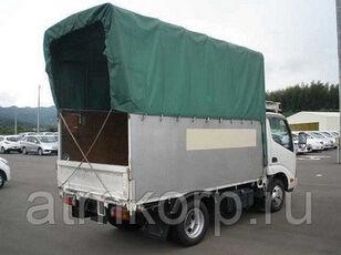 HINO Dutoro kamion s ceradom