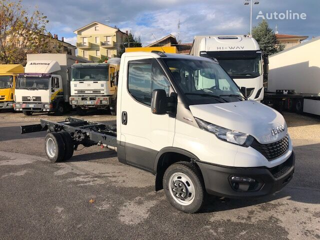 novi IVECO DAILY 35C18 MODELLO 2019 kamion-šasija