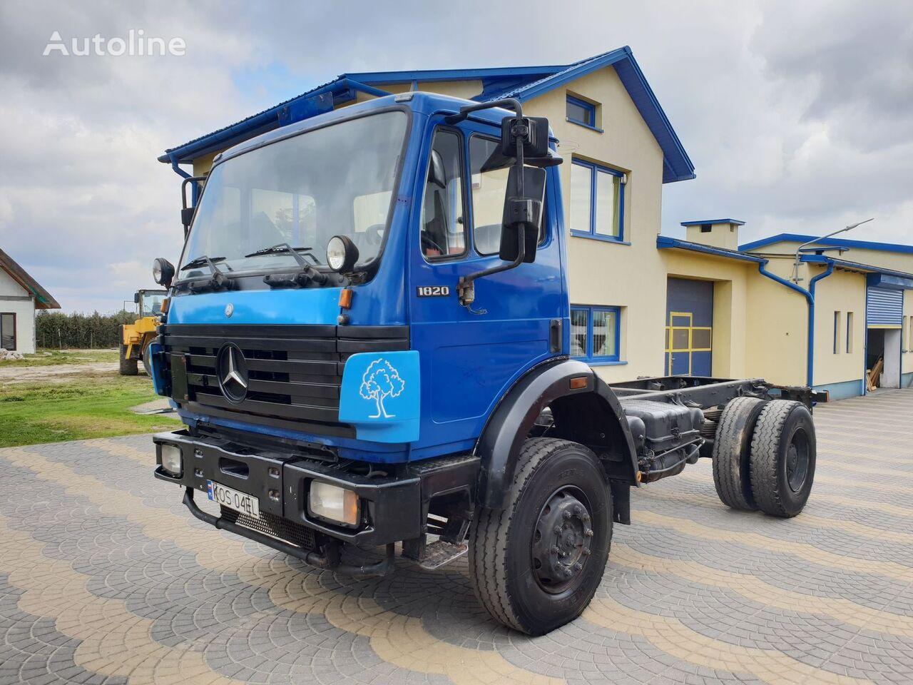 MERCEDES-BENZ 1820 4x4 kamion šasija