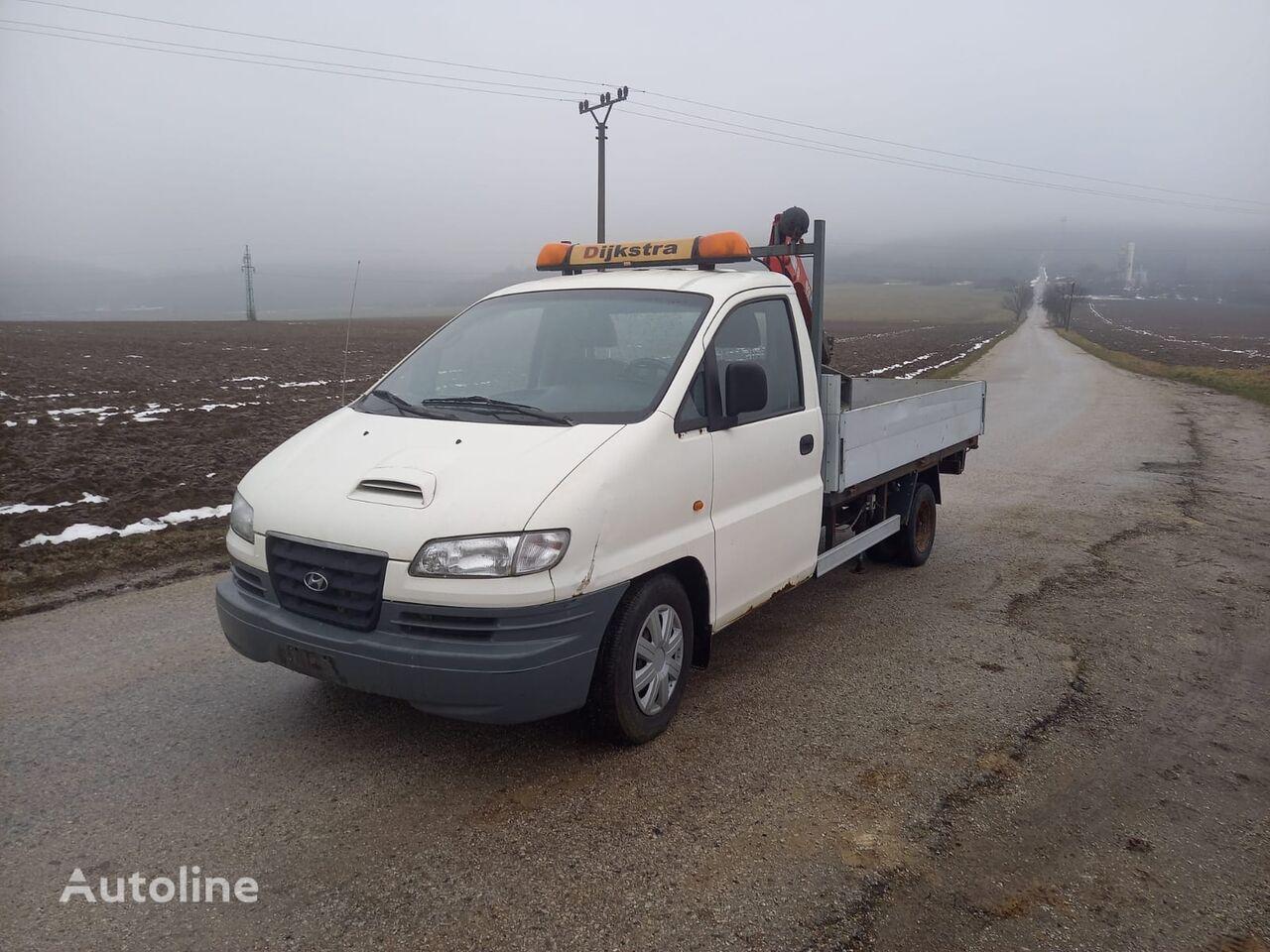 HYUNDAI SR H200  kamion s ravnom platformom < 3.5t