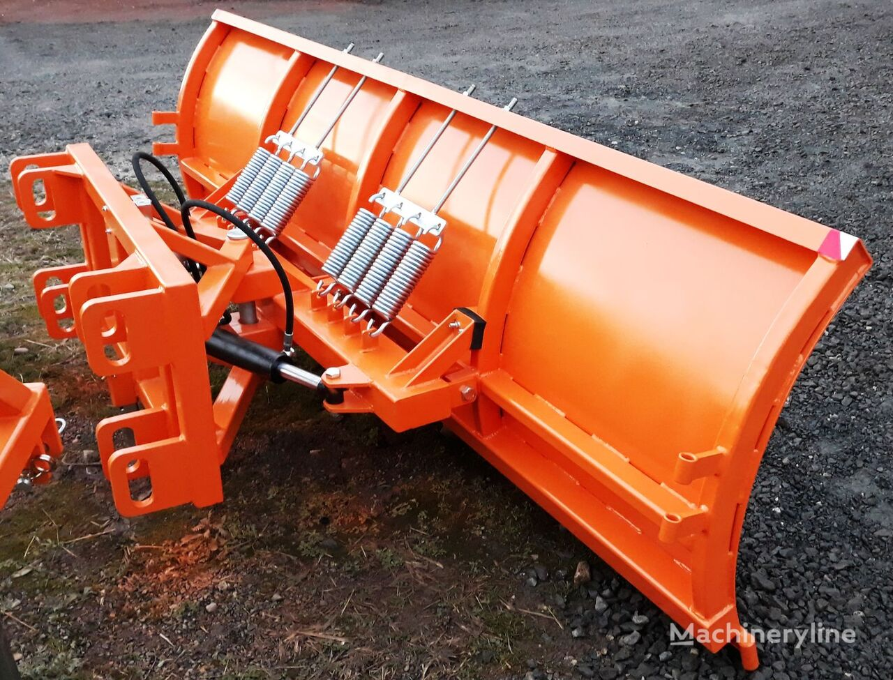 novi Ralica za JCB L2800 raonik za sneg