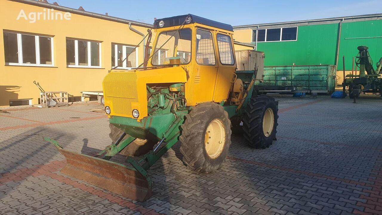 LPKT 40 šumarski traktor