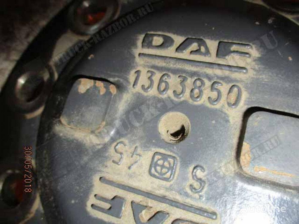 poluosovina za DAF tegljača