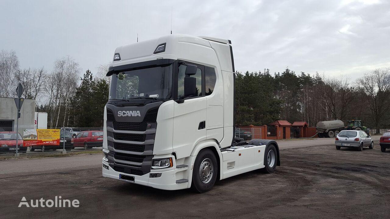 novi Scania y aeropakiet spoilery between axle spojler za tegljača
