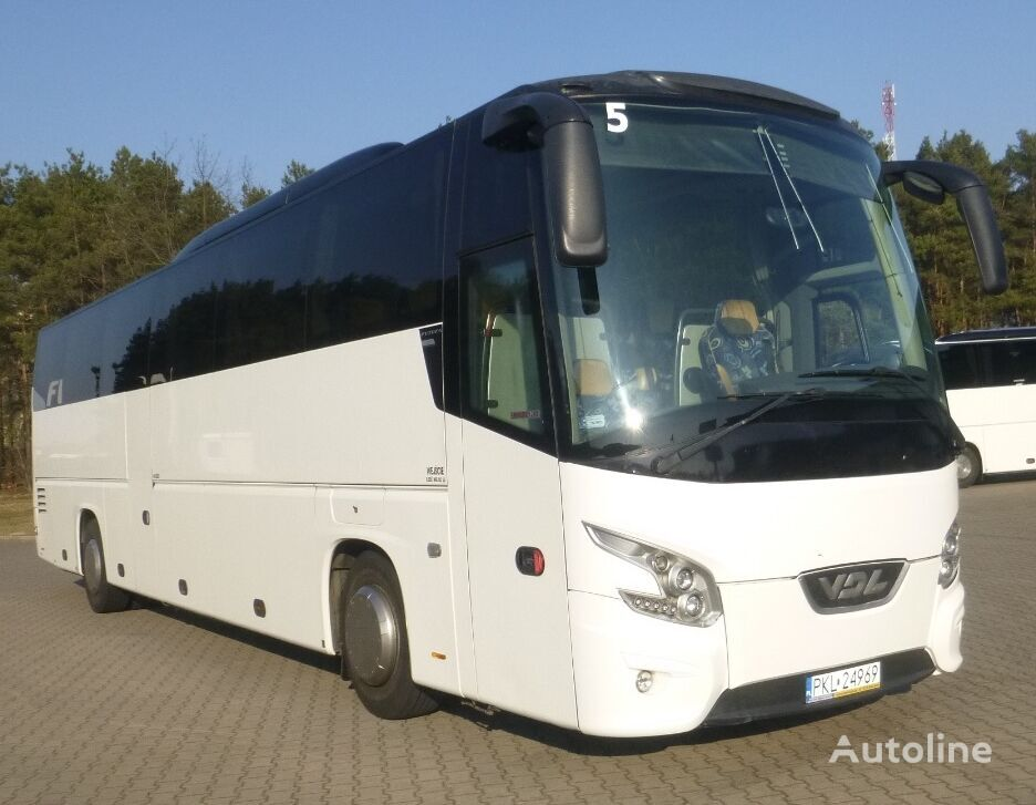 VDL Futura FHD2-129/410 turistički autobus