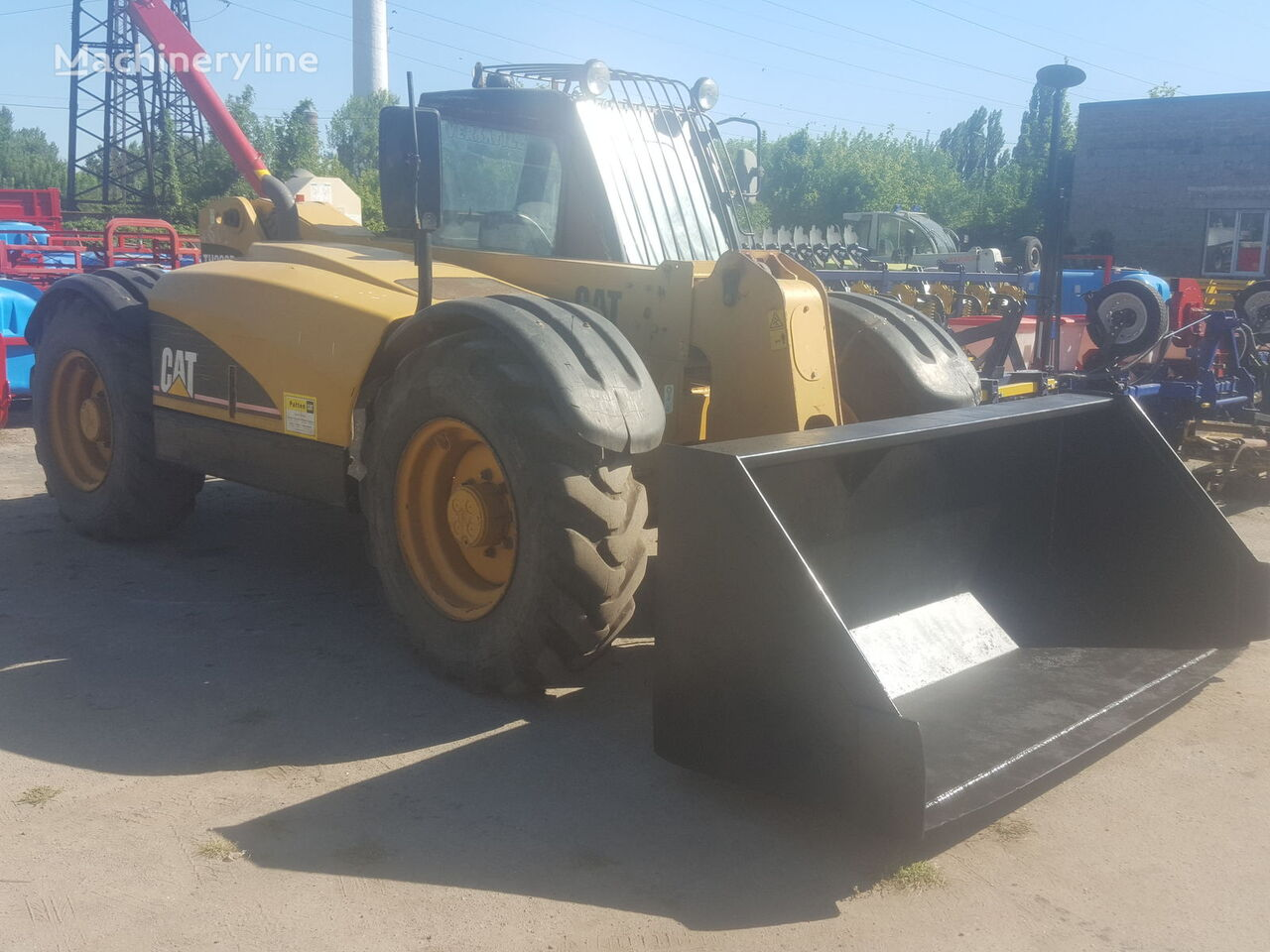 CATERPILLAR TH220B  teleskopski utovarivač